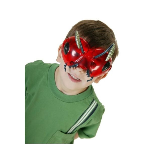kid with mask on